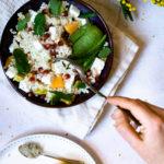 Salade d'hiver : avocat, grenade et vinaigrette aux agrumes