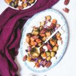 Choux de bruxelles, patates douces, tofu mariné et pacanes