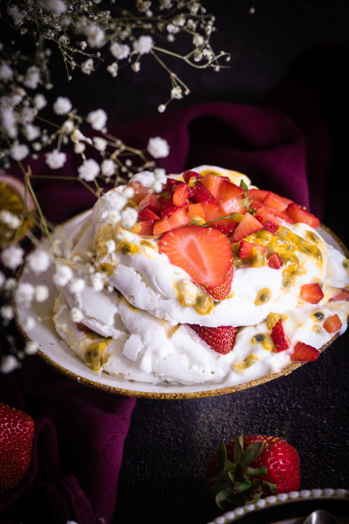 Pavlova vegane fraises et passion