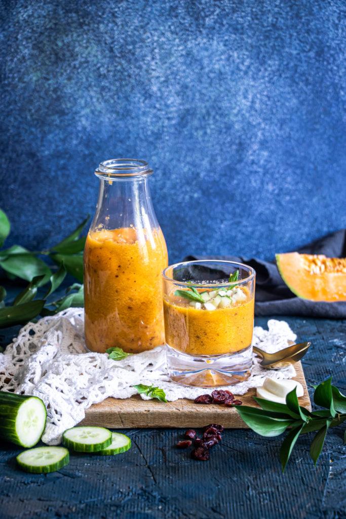 Gaspacho cantaloup (melon) et canneberges séchées