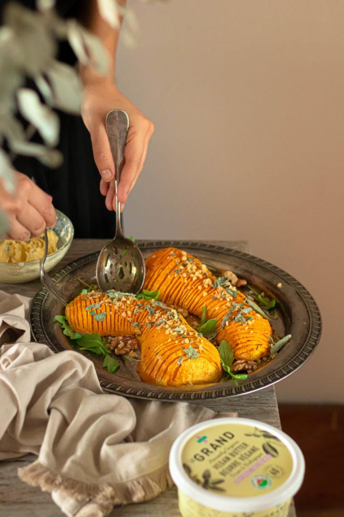 Butternut hasselback beurre de sauge végétal